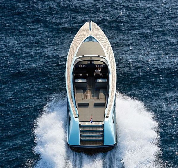 Luxury at its finest. The Sinot Exclusive Yacht Design unveil their latest 'Flagship Wajer 55' powerboat.