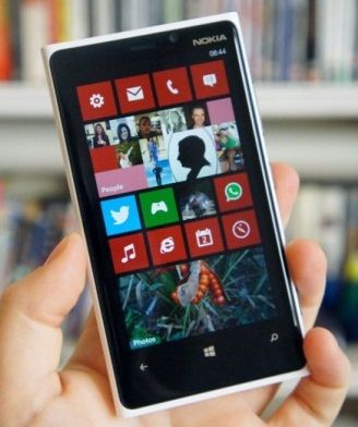 Windows Phone 8 Nokia Lumia 920 Review In Best Class Low Light Camera