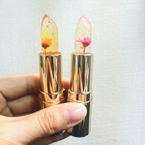 Rouge à lèvres Kailijumei avec fleur à l'intérieur #ràl #fleurs #maquillage #monvanityideal #levres