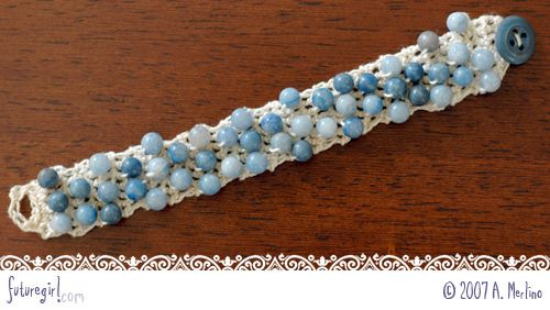 free photo-tutorial- crochet beaded bracelet. this is a really simple version of the knit/ crochet beaded jewelry trend! i quite like it's simplicity in style & design... not to mention execution! some of the affore-mentioned patterns are Extremely Complicated & Fussy, not this one!! *from Future Girl