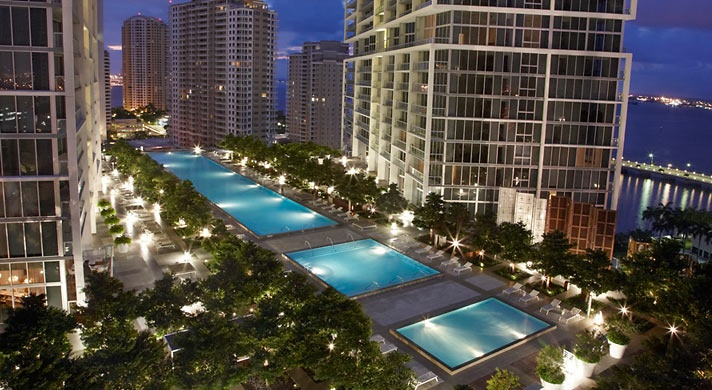 80 person hot tub overlooking miami, I want this!Pools Area, Swimming Pools, Favorite Places, Hotels Viceroy, Viceroy Hotels, Florida, Travel, Viceroy Miami, Luxury Hotels