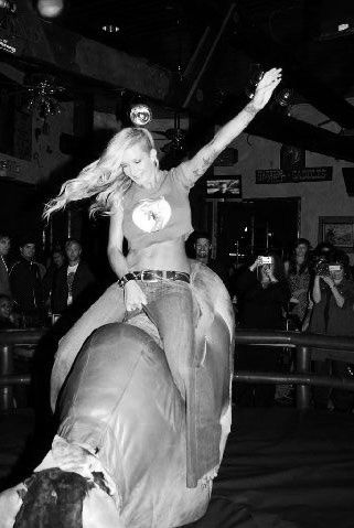 ✔ Ride a mechanical bull ~ Bachelorette Bucket List. #bachelorette #game