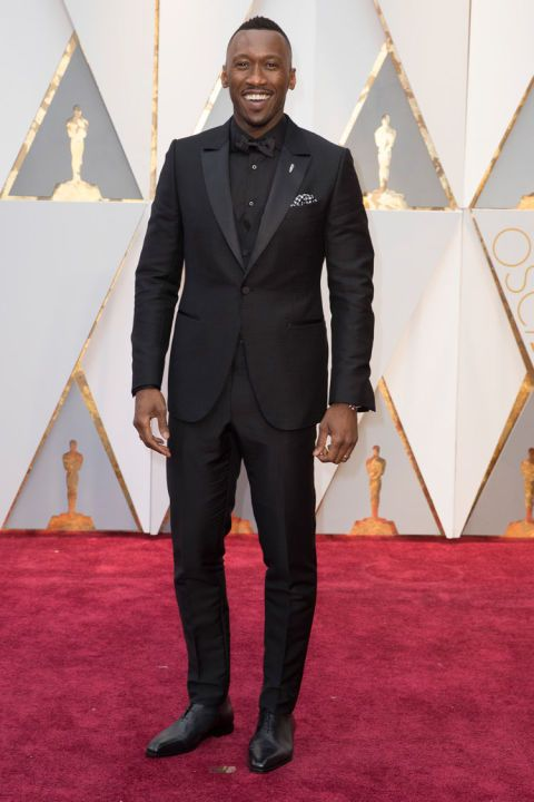 Moonlight actor Mahershala Ali, up for Best Supporting Actor, chose to go monochrome with his all-black tuxedo.