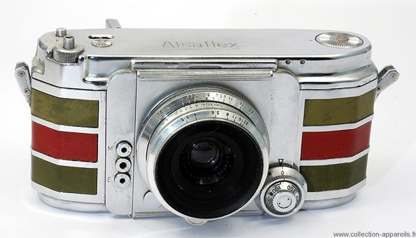 Collection Appareils: A Comprehensive Online Archive of 10,000+ Beautiful and Odd Vintage Cameras - http://www.collection-appareils.fr/