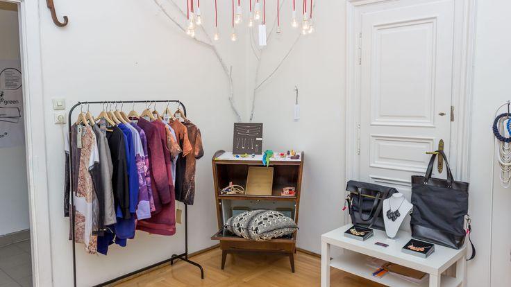 Pop-up store: clothes by Daige & Sté, jewerly by Gizellab & Börcsök Anna, bags by Móga Barbara, lamp by Ungár Fanni  http://www.budapestwithus.hu/heinrick-pop-up/