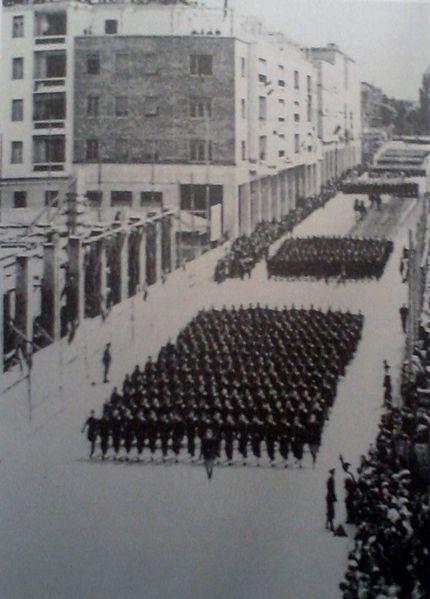 Parata Camice Nere in Corso Libertà a Bolzano 1930