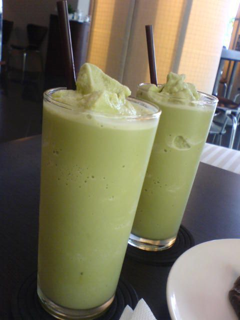 Green Tea Banana Smoothie - Matcha Banana Smoothie