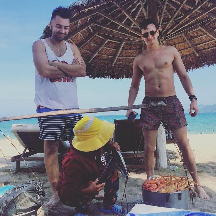 Пляжные вкусности #чиличилиё#мандариновыйрай#зорге#серхио #сава #кешкельбэ#окшебарманэ#сабир#вьетнамки by v_gizersky