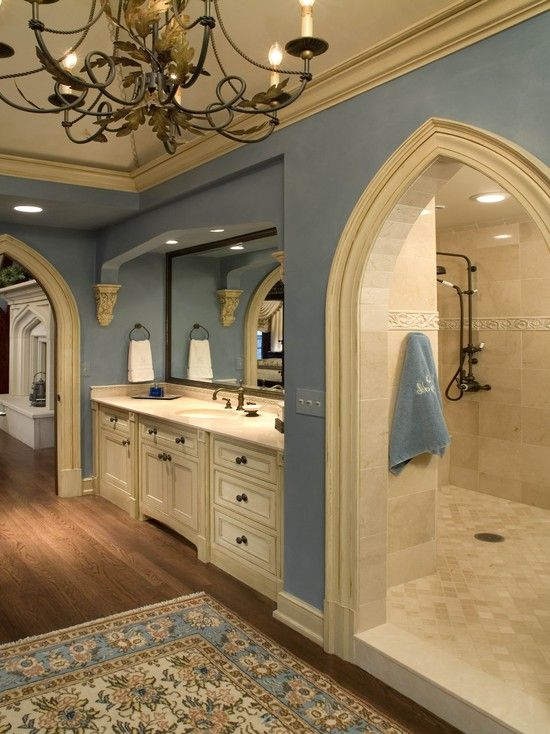 Traditional Design, Pictures, Remodel, Decor and Ideas - page 34    OH MY GOODNESS GRACIOUS DAYS ALIVE... SLEEPING BEAUTY BATHROOM.... MUST PICK CHIN OFF DESK
