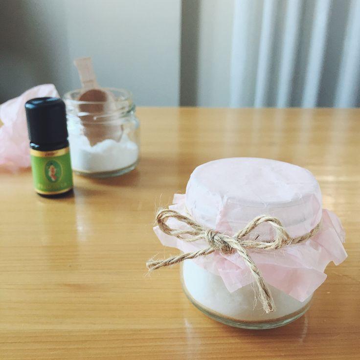 消臭、除湿に! アロマ重曹・芳香剤の作り方