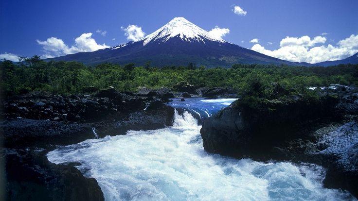 Sur de Chile Salto del Petrohue Volcán Osorno