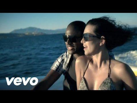 """L.L. Junior Trin Zhene (Válassz engem) című dalának hivatalos videóklipje a 2006-os Olaj a tűzre albumról. Szerzők: Lakatos Róbert, Árgyó """"Begyo"""" Péter, Lesi..."""