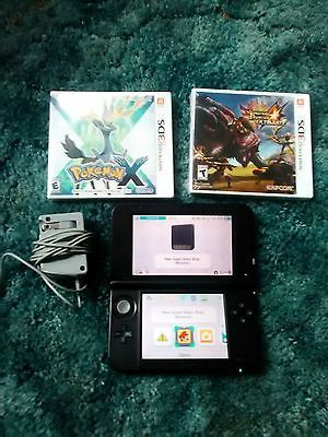 Nintendo 3DS XL Blue/Black Bundle Mario Pokemon X Monster Hunter 4 ultimate NEW!