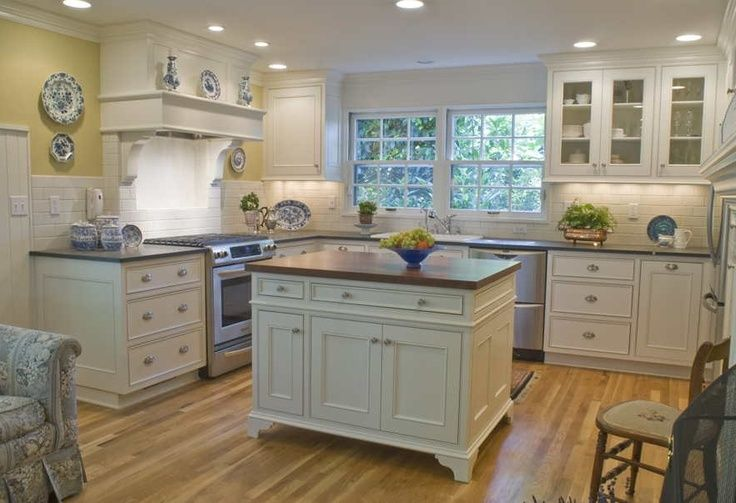 25 Best Ideas About Yellow Kitchen Walls On Pinterest Light Yellow Walls Pale Yellow Walls