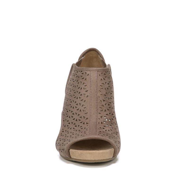Lifestride Women's Hinx 2 Medium/Wide Wedge Sandals (Mushroom)