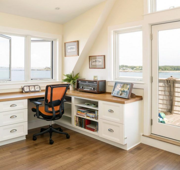 30 Incredible Coastal And Beach Home Offices Design Ideas Page 23 Of 30 In 2020 Cozy Home Office Home Office Design Guest Room Office