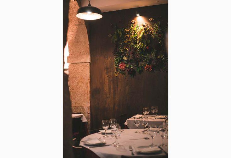 """Numa cozinha onde o intenso sabor está sempre bem presente, a chef portuguesa Ilda Vinagre, premiada com estrelas Michelin (em 1992 e 1993 no restaurante Bolota em Terrugem, Évora) e que esteve à frente de dois dos restaurantes mais famosos do Brasil (Bela Sintra e Chiado), regressou a portugal onde abriu este espaço próprio junto ao Largo do Rato.  """" order_by=""""sortorder"""" order_direction=""""ASC"""" returns=""""included"""" maximum_entity_count=""""500″]Talentosa, determinada, sensível ..."""