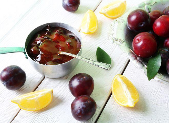 Сливовое варенье   Ссылка на рецепт - https://recase.org/slivovoe-varene/  #Консервация #блюдо #кухня #пища #рецепты #кулинария #еда #блюда #food #cook