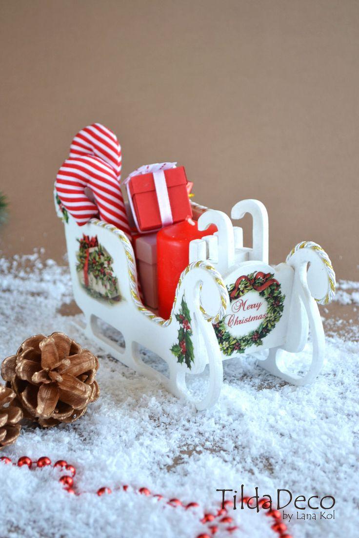 Купить Рождественские Сани (маленькие) - белый, сани, розовый, сани новогодние, сани санта клауса