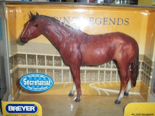 Breyer horse model scale 1:9 Secretariat- still in box