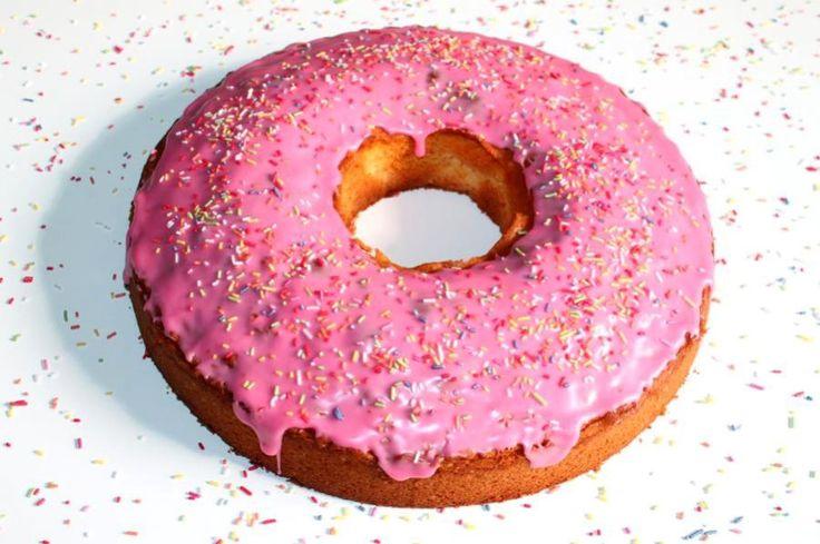 Das Rezept vom Kuchen in Donutform ist ein gelungenes Mitbringsel, nicht nur für Simpsons-Fans.