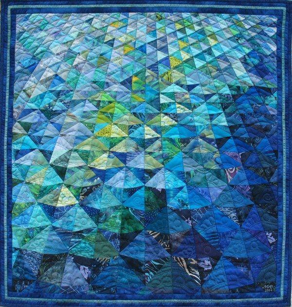 """Der BERNINA-Kalender 2012 bringt Motive aus der Ausstellung """"Textile News: Freiheit"""", 4. Wettbewerb für Kleinformate, organisiert von Gudrun Heinz"""