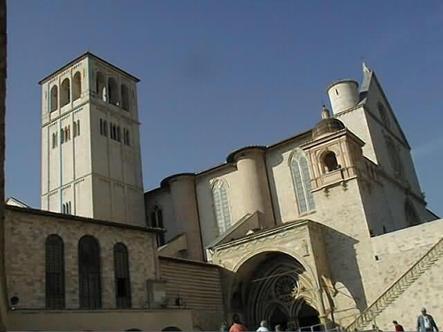 umb-ass-basilica2.jpg (640×480)