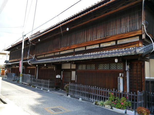 柳町の旧呉服屋の建物