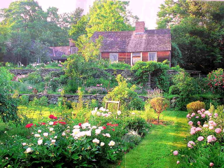 Tasha Tudor's home - She put out some of the most beautiful books. They are a treasure to look at.