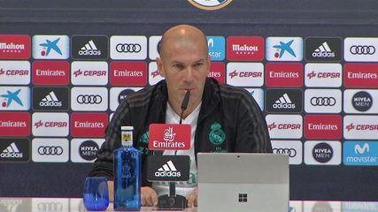 L'entraîneur du Real Madrid, Zinedine Zidane, a évoqué la différence de points au classement entre son équipe et le FC Barcelone, que le club merengue jouera samedi.