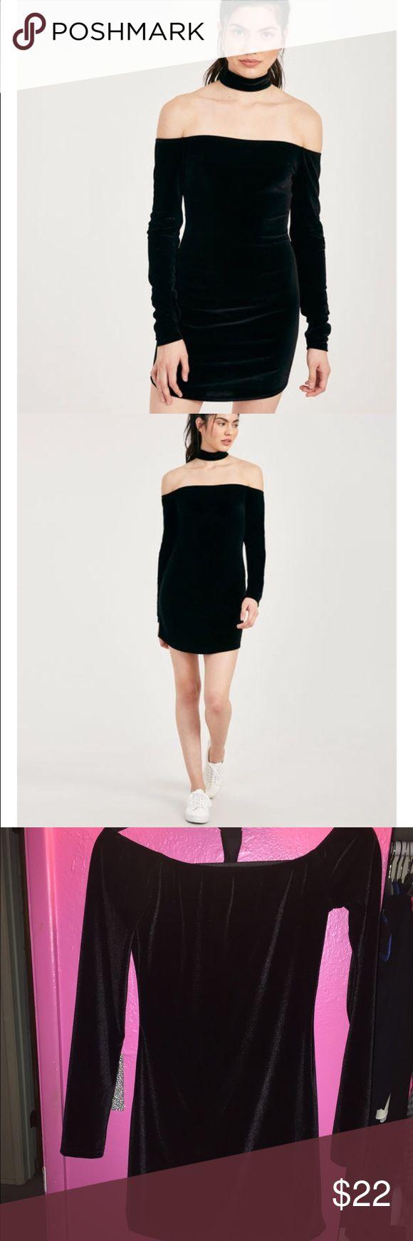 Velvet choker dress nwt Brand new! Wet Seal Dresses Mini