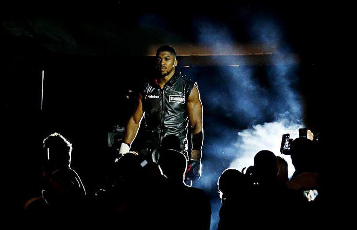 Joshua vs Whyte: Time, plus date, venue, TV channel, undercard & more http://www.boxingnewsonline.net/anthony-joshua-dillian-whyte-time-date-tv-channel-and-undercard/ #boxing