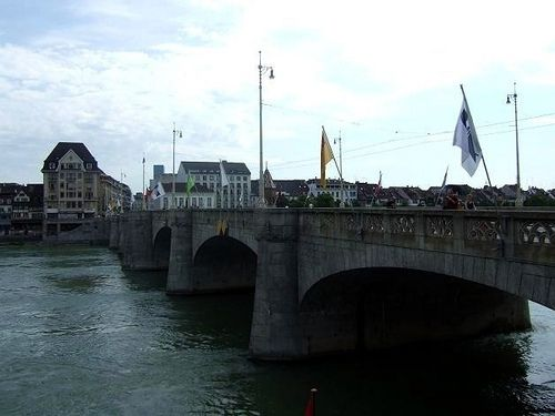 Mittlere Brücke in Basel, #Switzerland #bridge #beautifulplaces