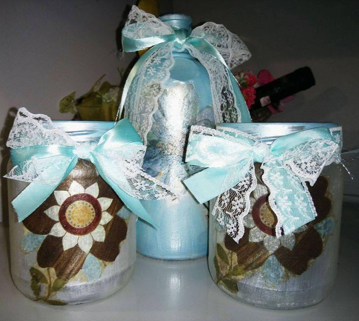 Vase -> 5 euros Bottle -> 8 euros