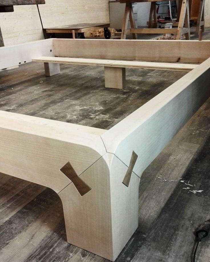 1000 ideas about holzbett on pinterest holzbett selber bauen alles gute zum geburtstag. Black Bedroom Furniture Sets. Home Design Ideas