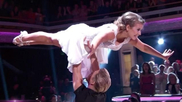 Bindi and Derek transported us back to 1987 with their jaw-dropping 'Dirty Dancing' rumba.