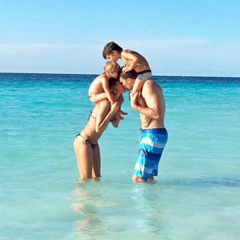 Gisele Bundchen Wishes Tom Brady Happy Birthday With Cute Family Photo - Us Weekly