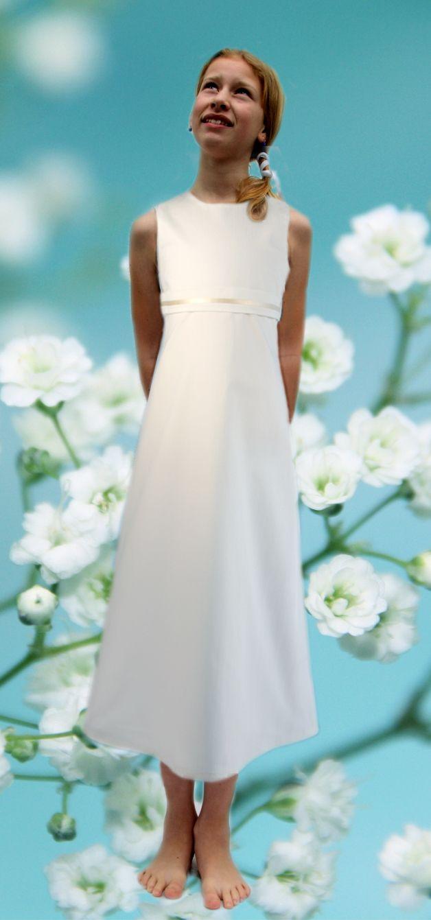 Kommunionkleid, Ein schlichtes festliches Mädchenkleid ...