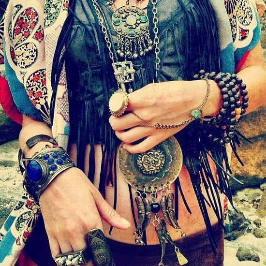 love the mix of jewelry and color tones...Modern hippie, boho chic style, bohemian gypsy fashion
