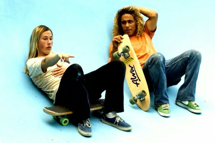 lords of dogtown Watch lords of dogtown online free a fictionalized take on the group of brilliant young skateboarders raised in the mean streets of.
