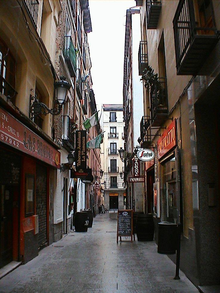 Callejuela en Valladolid Spain
