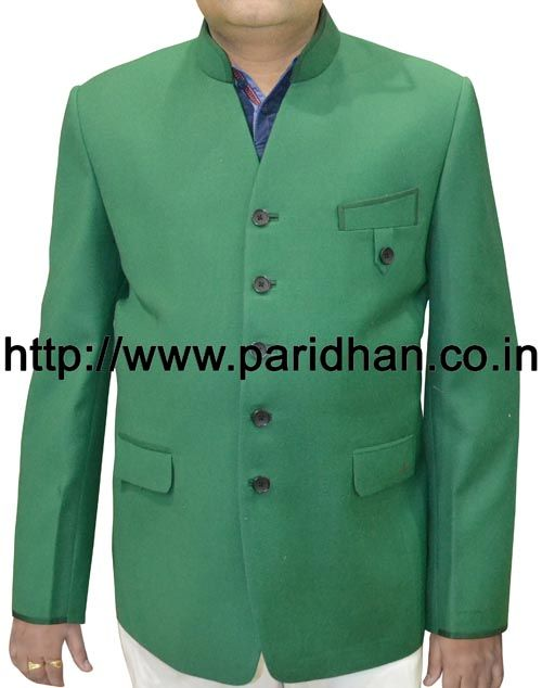 Classic five button blazer made in sea green color pure wool fabric. Dryclean only.