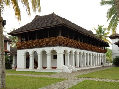 Soma Kerala Palace : A resort rebuilt to resemble ancient Tharavadus, Illoms and Naalukkettus. The structures were disbanded from their original sites and reconstructed here.