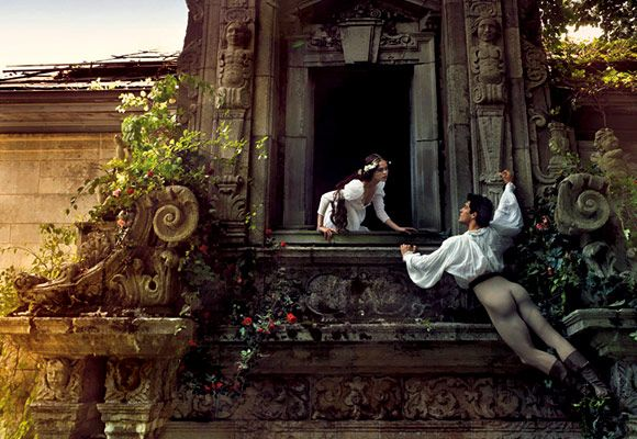 Ornate photo spread with Romeo and Juliet theme by one of MMM's favorite photographers, Annie Leibovitz, starring Coco Rocha and dancer Roberto Bolle as Ro