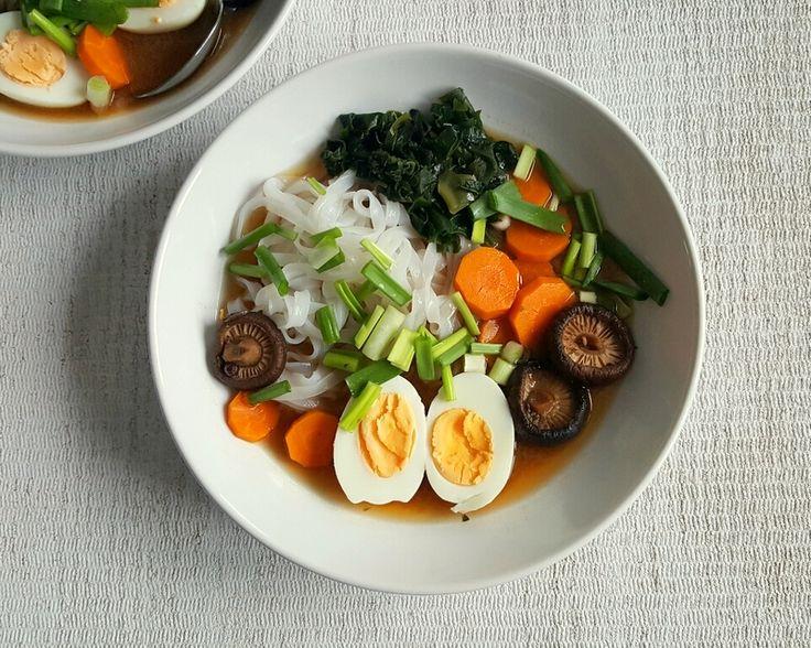 Zupa misoshiru (miso-shiru) to najzdrowsza potrawa świata. W tym artykule znajdziecie prosty przepis, który bez problemu przygotujecie w domu.