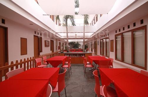 Cherry Homes dining place.