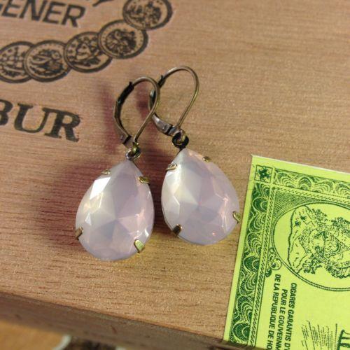 Opal-Snow-White-Cream-Pink-Czech-Glass-Earrings-New-Handmade-Vintage-Retro-Glam