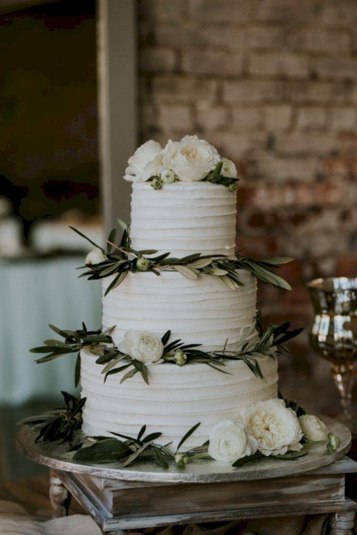 coole 65 einfache rustikale Winter-Hochzeitstorten-Ideen viscawedding.com / …   – Wedding Ideas