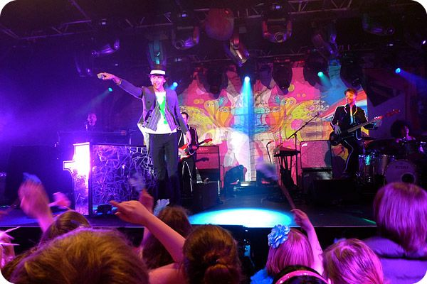 MIKA live in Hamburg, Germany at Große Freiheit 36: 23-03-2010