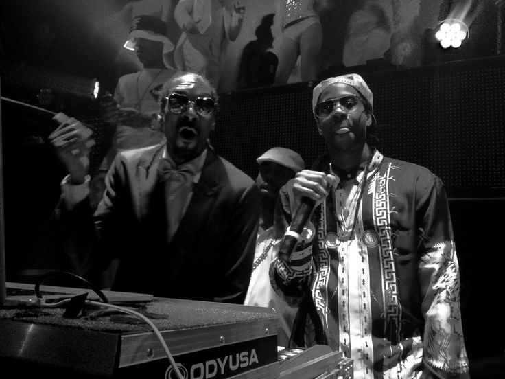 Saturday evening, Entertainment icon Snoop Dogg returned to host his 1920's-themed Snoopadelic Cabaret residency at TAO Nightclub.